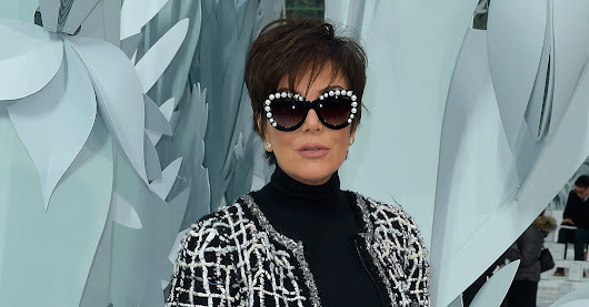 Kris jenner forgot her pants at the chanel show http ow for Lean cuisine vs jenny craig food