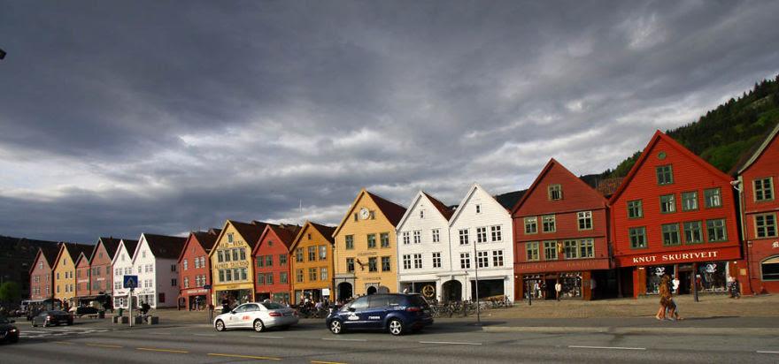 Bergen (gina Mako)