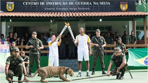 Onça Simba também participou de cerimônia  (Foto: Exército Brasileiro)
