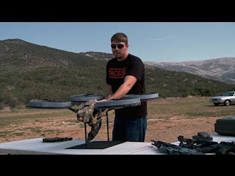 Prototype Quadrotor with Machine Gun! / Cuadricoptero con Ametralladora!