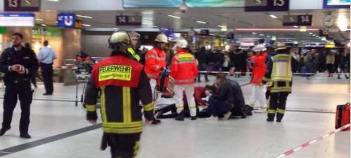 Τρόμος στο Ντίσελντορφ: Τουλάχιστον 5 τραυματίες από επίθεση με τσεκούρι-Δύο συλλήψεις [βίντεο]