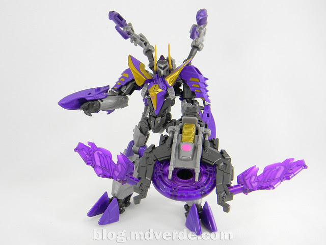 Transformers Kickback Deluxe - Generations Fall of Cybertron - modo robot