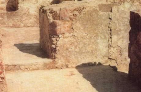 pintu-masuk-kmr-rasul-di-rmh-khadijah_o.jpg