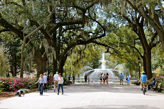 City Guide: Historic Savannah with the Family | Young Love Mommy