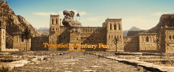 Vemos, então, um tiro de um palácio do Oriente Médio está sendo atacado por helicópteros.  A partir dos burburinhos de que palácio são formadas as letras das empresas de produção que produziu o filme.