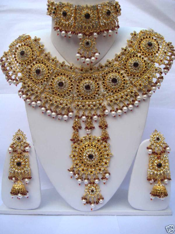 bridal golden necklace sets