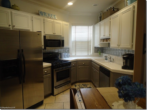 Remodelaholic | Two Toned Kitchen Makeover