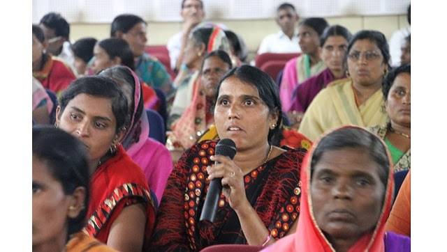 Suicide-affected women farmers during consultations on their issues organised in Vidarbha and Marathwada by MAKAAM