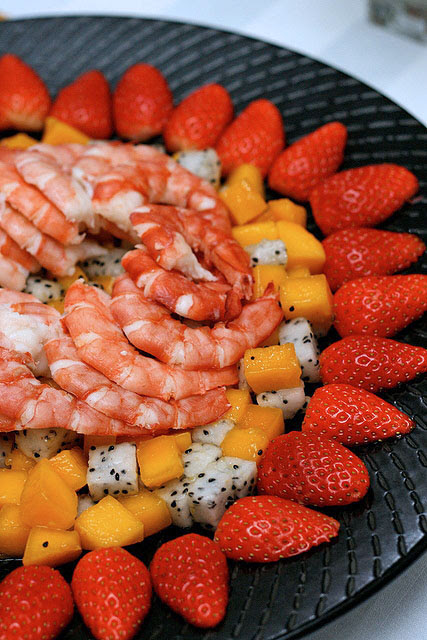 Prawn fruit salad