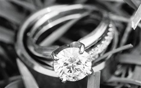 Rings We Love   Weddings Features   The Best of the Twin