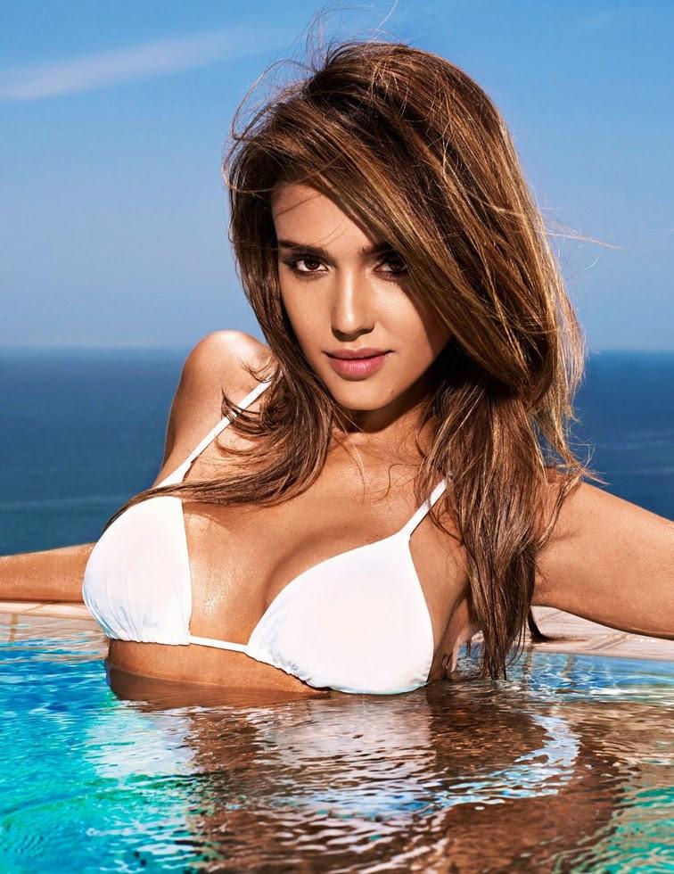 Jessica Alba en bañador para EW