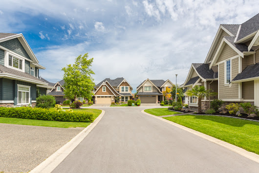 5 Ways To Improve Rental Curb Appeal - On Q Property Management