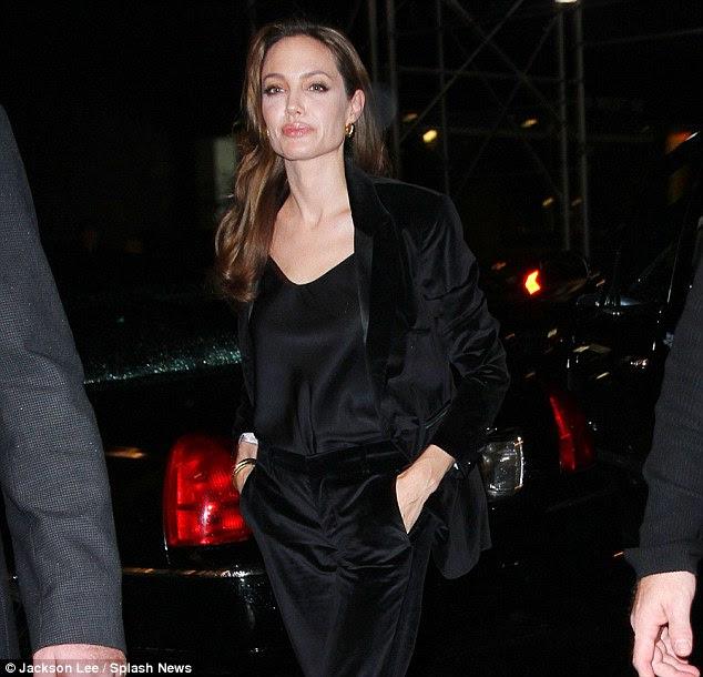 Chamando os tiros: Angelina revelou na entrevista que ela pode querer afastar-se de agir