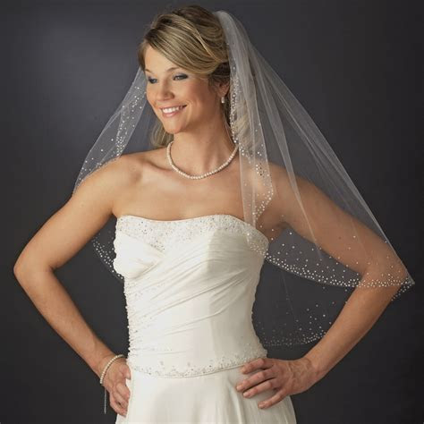 single layer elbow length bridal veil  scattered