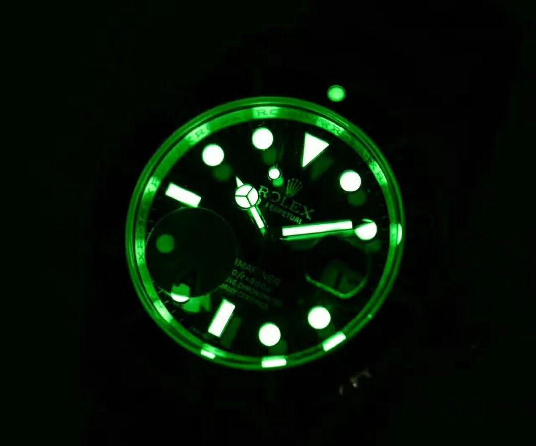 Replica Rolex Submariner 16610LV Dial Lume