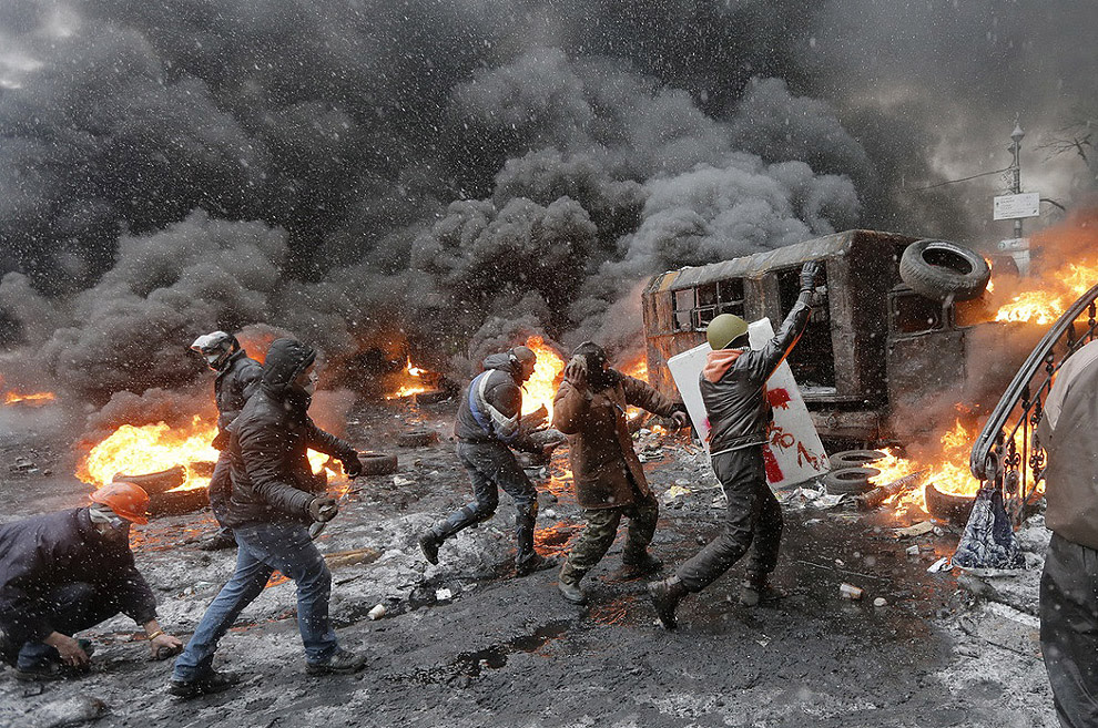 http://iliketowastemytime.com/sites/default/files/euro-maidan-ukraine-turmoil-riot10.jpg