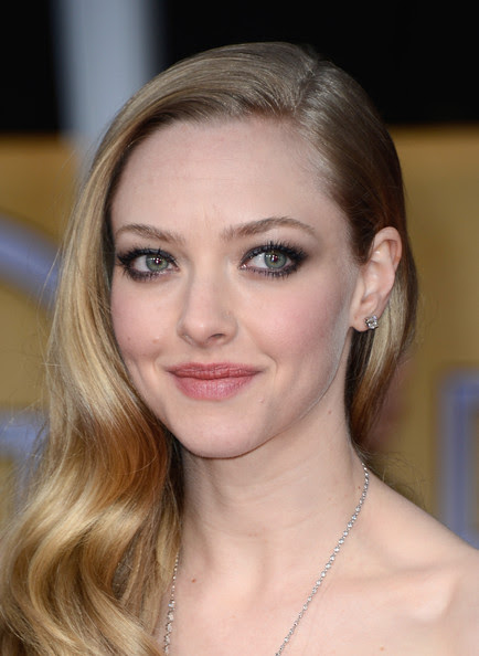 Actress Amanda Seyfried arrives at the 19th Annual Screen Actors Guild Awards held at The Shrine Auditorium on January 27, 2013 in Los Angeles, California.
