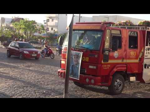 VÍDEO: Corpo da policial Aline Araújo é sepultado em Pombal; multidão acompanhou cortejo