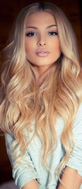 Center-parted Blonde Curls