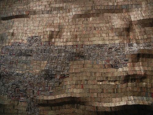 Hovor II, 2004, El Anatsui (b 1944) - De Young Museum, San Francisco _ 9371