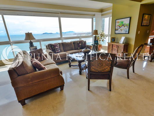 3 Bedroom Cond in Vista Marina on Avenida Balboa