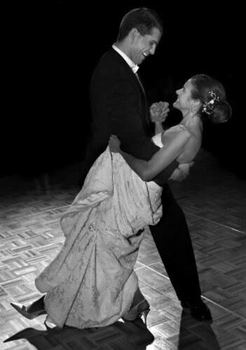 WED 1st dance