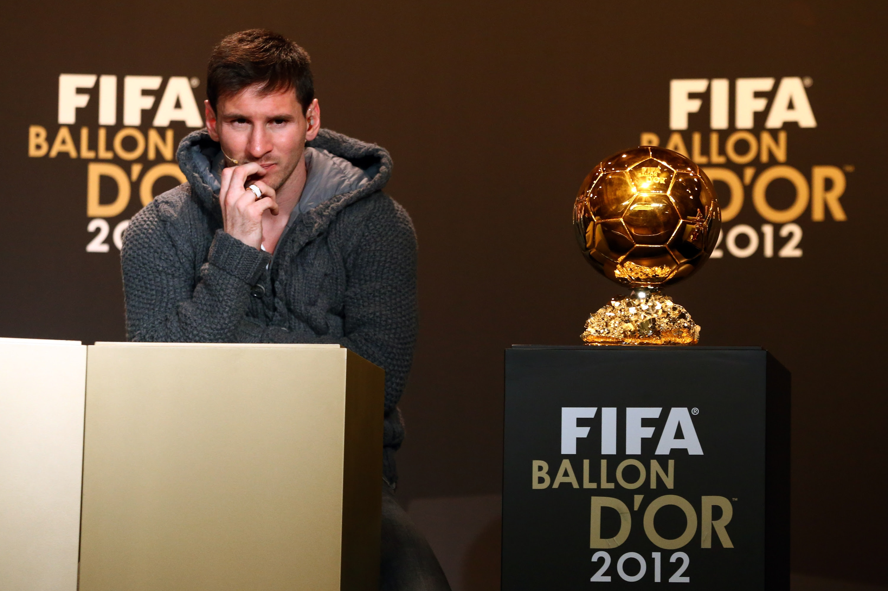 http://media.zenfs.com/en_us/News/gettyimages.com/fifa-ballon-dor-gala-2012-20130107-074213-320.jpg