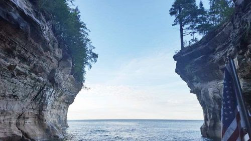 Discover the U.P: Pictures Rocks National Lakeshore - Holiday Vacation Rentals