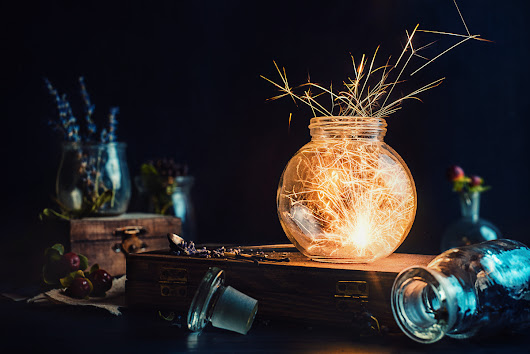 Tutorial: How to Shoot a Fiery, Festive Still Life Photo… with SPARKLES!