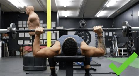 bench press  shoulder pain  mistakes