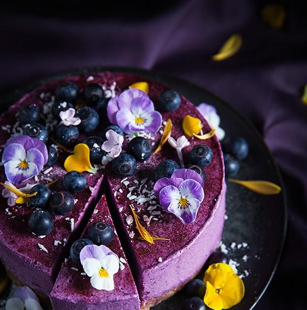 Vegan no bake blueberry lemon cheesecake