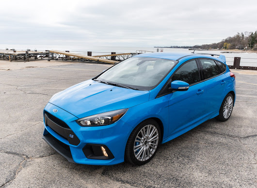 Ford Focus RS: A Cool Week with a Hot Hatch
