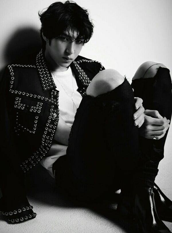 "VIXX LR ""Beautiful Liar""mini album jacket LEO.    Ⓒchocobeannie."