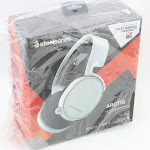 SteelSeries Arctis 3 - All-Platform Gaming Headset - For PC, PlayStation 4, Xbox One, Nintendo Switch, VR, Android, and iOS - White