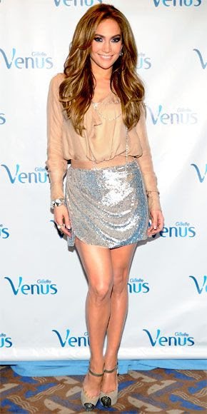 LOVE this outfit! JLo in Haute Hippie
