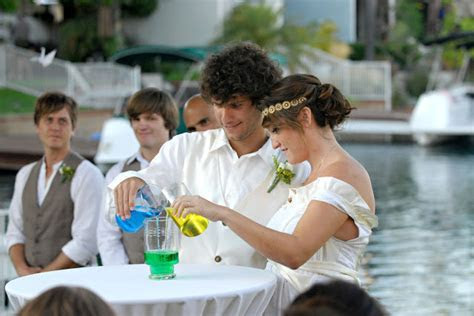 Unique Wedding Ceremony ? Water ceremony     Be Perfect