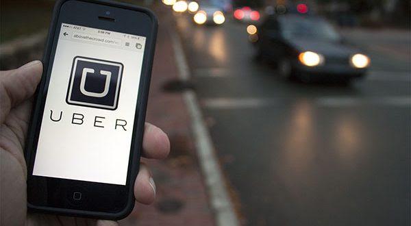 A empresa promete ganhos de até R$ 1 mil por semana, e 4 mil mensais, aos motoristas que aderirem ao serviço (Foto: Divulgação).