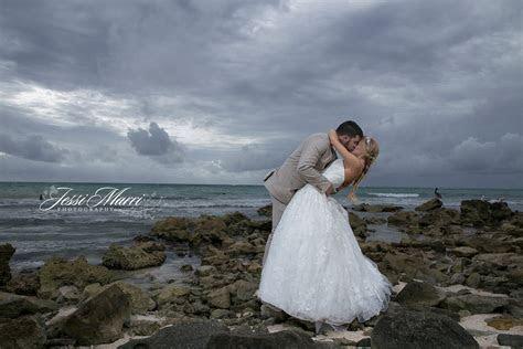 Home   Houston Wedding Photographer   Jessi Marri