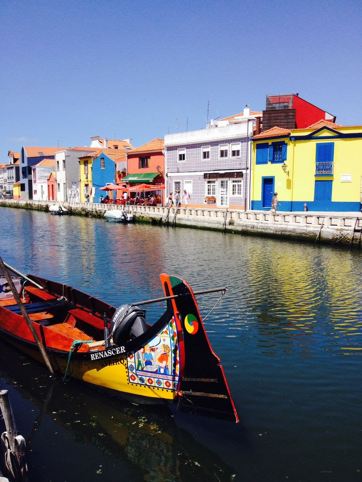 Moliceiro (boat) in #Aveiro, Portugal