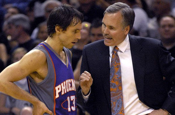 Mike D'Antoni will once again be coaching Steve Nash...this time with the Los Angeles Lakers.
