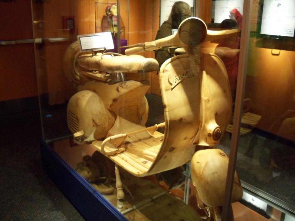 O fascinante mundo de madeira de Livio De Marchi 21