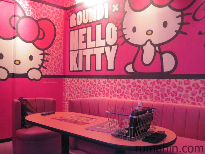 Desain Kamar Tidur Minimalis 2020 Bertemakan Hello Kitty