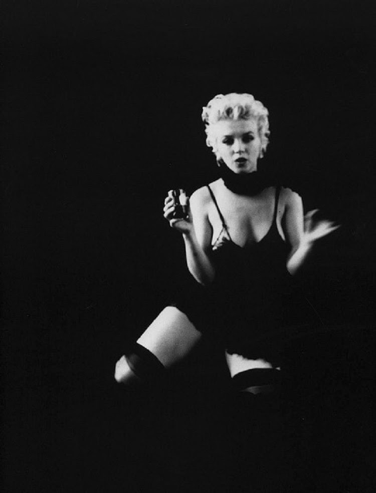Marilyn Monroe In Black Tres Bohemes A Place For Everything Czech