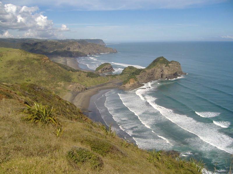 Bethell's Beach south to Whatipu