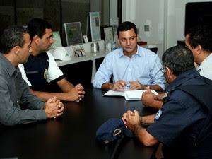 Compra de equipamento foi anunciada durante reunião (Foto: Divulgação / Prefeitura de Itanhaém)