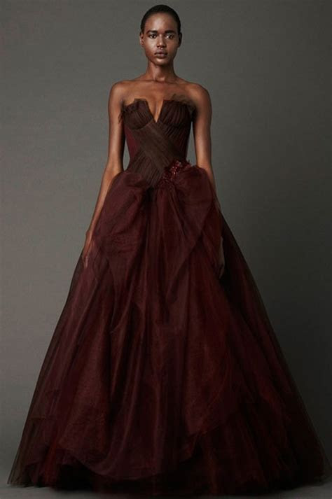 Colored Wedding Dresses Ready to Make a Powerful Fashion
