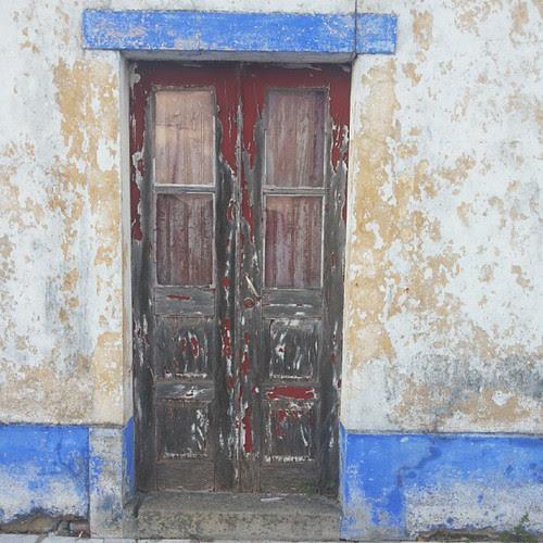 #doors #doorsworldwide #doorsondoors #doorsonly by Joaquim Lopes