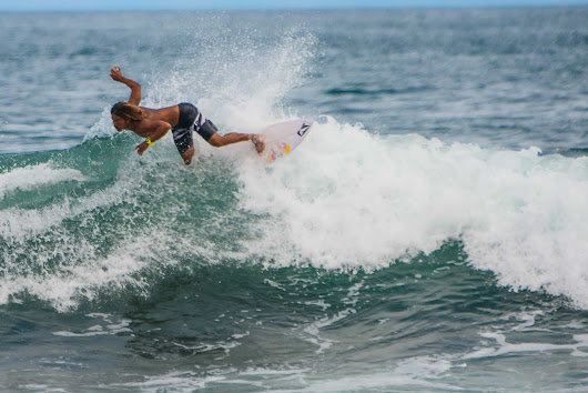Costa Rica surf squad will bring out its brightest stars for World Surfing Games -The Tico Times