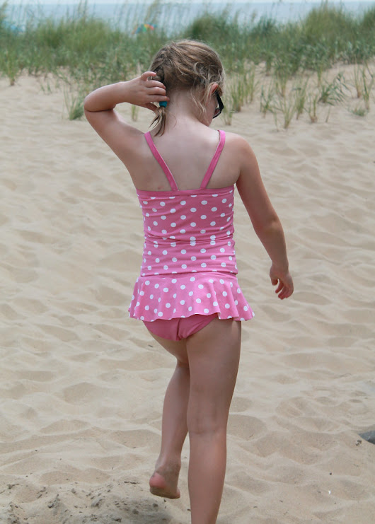 Siestas and Sewing: Summer Swimsuit Catch Up