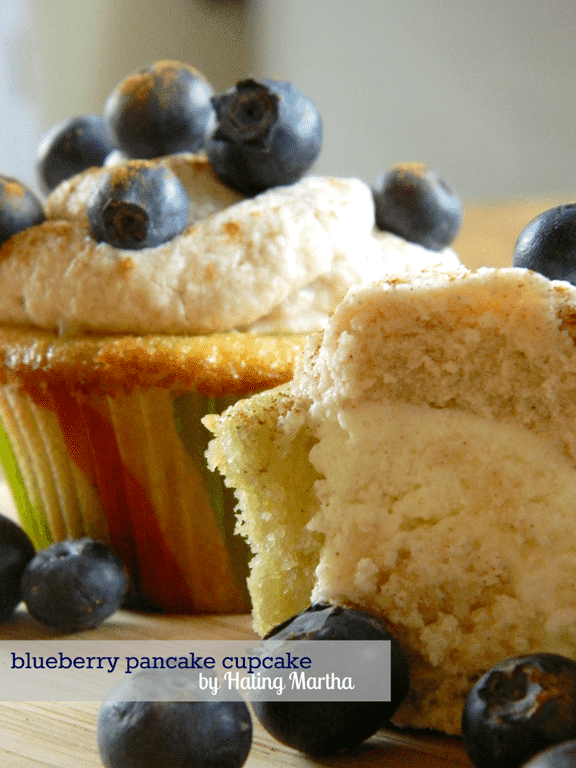 blueberry_pancake_cupcake_1.png